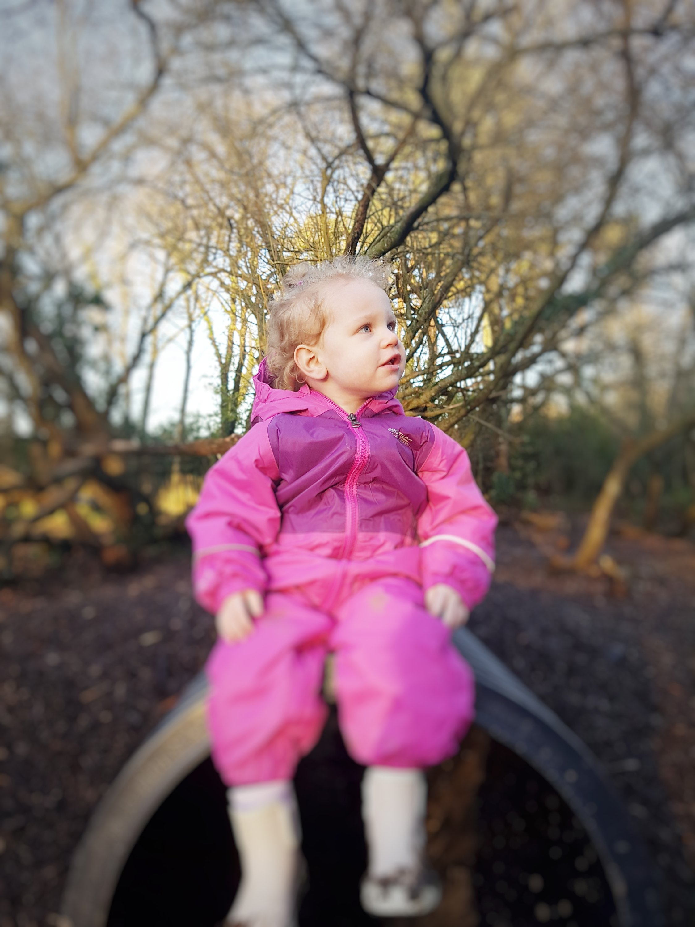 Alyssia looking up, love this one!