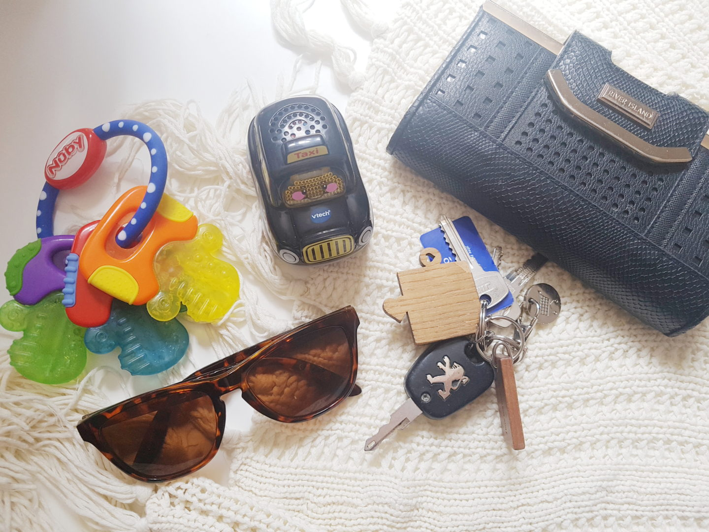 5 things I do before I set off on a Day out / Long Car Journey